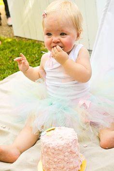 #cute #party #ideas #supplies #idea #cake (2)