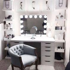 Large DIY Makeup Room Ideas, Organizer, Storage and Decoration ( Room Idea) - Makeup Room Ideas - - Dekoration Ideen - Beauty Room Vanity Room, Vanity Set Up, Teen Vanity, Ikea Vanity Table, Alex Drawer Vanity, Vanity Chairs, Vanity In Closet, Vanity Bar, Closet Desk