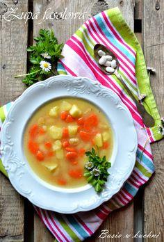 Basia w kuchni: Domowa zupa fasolowa - smak dzieciństwa