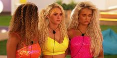 We've all been guilty of copying someone's style – especially when we are reaaallly feeling their lewk. And, last night, Molly-Mae and love rival Lucie, … Fashion News, Fashion Beauty, Beachy Waves, Swimming Costume, Love Island, Matches Fashion, Curled Hairstyles, Hairstyle Ideas, Medium Hair Styles