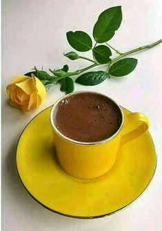 It will be Spring - It Will! Coffee Gif, Coffee Love, Coffee Break, Coffee Drinks, Coffee Cups, Tea Cups, Café Chocolate, Good Morning Coffee, Coffee Photography