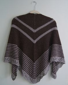 Lovely pattern detail in this shawl's border...Ravelry: Allay pattern by Cecily Glowik MacDonald