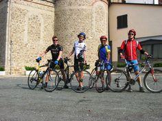 Itinerario ciclo-turistico Bubbio-Cortemilia-Pezzolo-Todocco-Spigno Monferr-Mombaldone-Montechiaro d'Acqui-Ponti-MonasteroBorm-casa:Santuario del Todocco: I 4 dell'Ave Maria