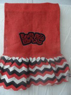 Valentine Burlap Table Runner by GrandmasSewingStudio on Etsy, $15.15