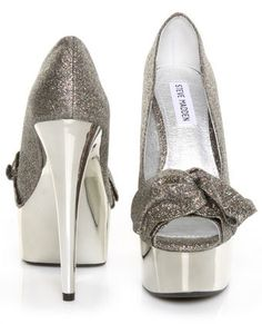I would fall on my face with these but so cute!!