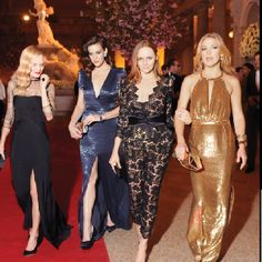 Kate Bosworth, Liv Tyler, Stella McCartney and Kate Hudson, all in Stella McCartney.