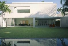 Casa Branca by Isay Weinfeld Architects