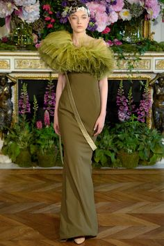 Alexis Mabille claimed the nineteenth-century Italian painter Giovanni Boldini as inspiration for his couture collection this season. look 19