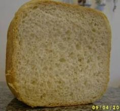 Potato Bread (Bread Machine): a light and delicious loaf made with instant mashed potato flakes. - makes one 1 pound loaf. Bread Machine Potato Bread Recipe, Bread Maker Recipes, Flour Recipes, Cake Recipes, Ma Baker, Instant Mashed Potatoes, Bread Rolls, How To Make Bread, Challah