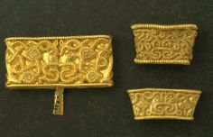 These are part of Swedens largest gold treasure from Viking age. The Tuna find - The Swedish grave which has contained the most gold was found near Anundshög.  In a woman's grave from the 4th century AD there were various gold items which together weighed 337.6 grams.In the grave-field there were eight boat graves, a very notable type of burial used for especially important people. It was women who were buried in all eight of the boat graves in the Tuna grave-field.