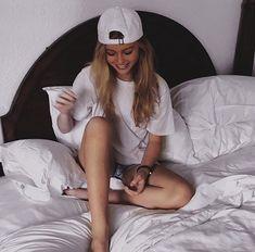 my feed is ugly😶 - @loren @lorenxgray #loren #lorengray #lorenbeech #lorengraybeech #videos #omgpage #explorepage #fff #lfl #lb #instalike #instagain #instatrick #gaintrick #followtrick #followback #followmeback #followforfollow #followmeto #followtrain #followforlike #likeback #pretty #tiktok #beauty #cute #comedy #makeup #lff #bellydance Kendall Vertes, Jordyn Jones, Miranda Cosgrove, Denise Richards, Olivia Holt, Amanda Bynes, Zendaya Coleman, Christina Ricci, Keke Palmer