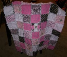 Ashley from Tennessee stitches up an easy to sew rag quilt.