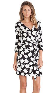 Diane von Furstenberg New Julian Two Wrap Dress in Vintage Stars White