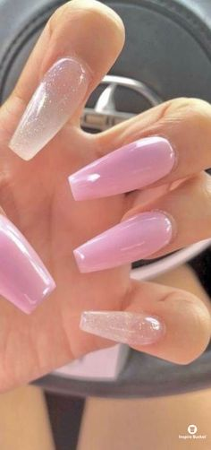 This series deals with many common and very painful conditions, which can spoil the appearance of your nails. But for you, nail technicians, this is not a problem! SPLIT NAILS What is it about ? Nails are composed of several… Continue Reading → Best Acrylic Nails, Summer Acrylic Nails, Nail Summer, Nail Swag, Stylish Nails, Trendy Nails, Aycrlic Nails, Pink Tip Nails, Bright Pink Nails