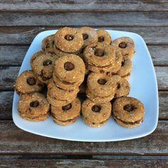 ▷ 6 nej receptů na vánoční datlové cukroví (zdravé & fitness) Tahini, Sweet Tooth, Cookies, Fitness, Desserts, Food, Vegane Rezepte, Food Food, Simple