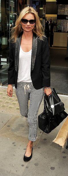 Kate Moss - white t-shirt, black jacket and black bag
