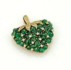 18K Yellow Gold 15.50 ct. Emerald & Diamonds Strawberry Pendant
