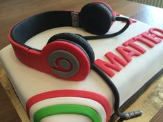 Headphones birthday cake  Gâteau anniversaire adolescent casque