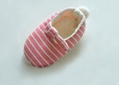 DIY Crafts : DIY cute baby shoes for girls
