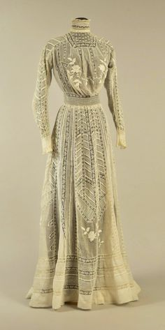 Dress ca. 1905 From Whitaker Auctions