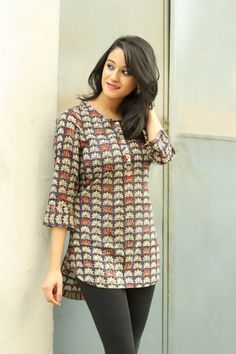 For Me - Casual cotton prints. Short Kurti Designs, Simple Kurti Designs, Kurta Designs Women, Salwar Designs, Kurti Designs Party Wear, Designer Kurtis, Dress Neck Designs, Blouse Designs, Kurta Patterns