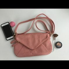 "Pink Street Level Crossbody EUC No signs of visible wear. Strap is adjustable AND detachable. Measures 12.5""x7.5"". ⭐️Make an offer using the offer button or take advantage of my bundle discount! Trades PP Street Level Bags Crossbody Bags"
