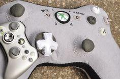Geek Fun in Bed - Xbox Cushion