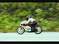 ▶ Sound of Honda Racers RC166 - YouTube