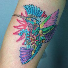 "Israel Navarro on Instagram: ""Pequeño colibrí izquierdo de hoy #israelnavarrotattoo #tatuadoresmexicanos #tatuajesmexicanos #tatuajesprehispanicos #tatuajesacolor…"" Tatto Love, Real Tattoo, Love Tattoos, Sexy Tattoos, Body Art Tattoos, Tattoo Drawings, Tattoos For Women, Tatoos, Tattoo Art"