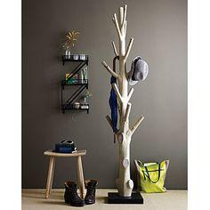 Haus ideen – Branch coat rack – 15 Practical DIY Woodworking Ideas for Your Home – Ideen Dekorieren Tree Coat Rack, Coat Racks, Coat Tree, Coat Hanger, Diy Coat Rack, Diy Coat Hooks, Coat Storage, Rustic Coat Rack, Wooden Coat Rack