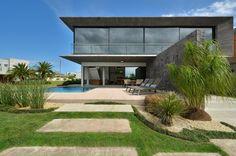 Casa Bosques / Studio Colnaghi Arquitetura