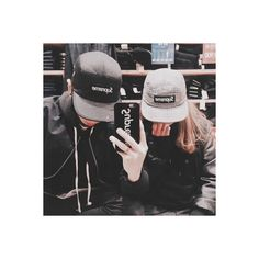 ulzzang couple on Tumblr ❤ liked on Polyvore featuring couples, aesthetic and ulzzang