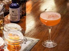 NYC's The Dead Rabbit Is a Bar Where Your Cocktail is Best Enjoyed Alone - Condé Nast Traveler