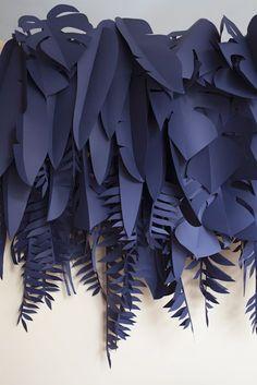 40 New Ideas Diy Paper Plants Decoration Paper Leaves, Paper Flowers, Diy Paper, Paper Art, Paper Drawing, Vitrine Design, Paper Plants, Best Decor, Paper Cutting