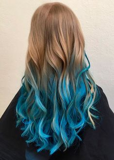 20 Dip Dye Hair Ideas - Delight for All! 20 Dip Dye Hair Ideas – Delight for All! Blue Dip Dye Hair, Blonde And Blue Hair, Blonde Dip Dye, Dyed Hair Blue, Blond Ombre, Dyed Hair Ombre, Dyed Blonde Hair, Ombre Hair Color, Cool Hair Color