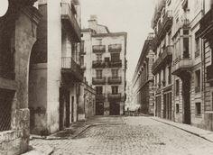 Calle de las Comedias, al fondo calle de la Universidad, año 1904 Valencia City, Alicante, Where To Go, Trip Planning, Spain, Hiking, Explore, Architecture, Beach