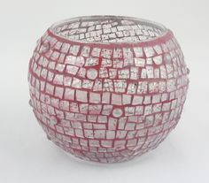 Juanita Canzoneri's Red mosaic vase with glitter Clear Glass Vases, Glass Art, History Of Glass, Mosaic Vase, Craft Items, Decorative Bowls, Glitter Glue, Grout, Create