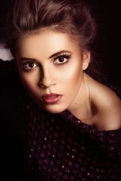 Moda, Fashion  Model: Yana Ulanowska  Photography OleksandrLevchuk.pl