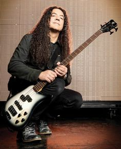 Mike Inez: Through The Looking Glass. Mike Inez Journeys Through Wonderland With Alice In Chains, Heart and Ozzy Osbourne Mike Inez, Star Pictures, Star Pics, Mike Starr, Black Hole Sun, Mike And Mike, Zakk Wylde, Alice In Chains, Ozzy Osbourne