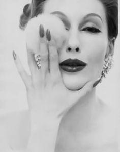 Mary Jane Russell #powderpuff
