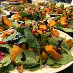 Salads are ready! #entertainingwithfigmint #dinnerparty #figmintcatering #healthyeats #sydneycaterer #sydneyevents #veges #shareplates