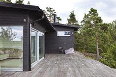 Sunhouse - modern prefab homes. Architect: Kalle Oikari.