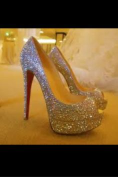 Silver sparkly pumps to go with the bright pink dress  ff91414672c5