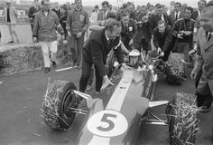 Jim Clark (GBR) (Team Lotus), Lotus 49 - Ford-Cosworth DFV 3.0 V8 (finished 1st) 1967 Dutch Grand Prix, Zandvoort Circuit