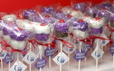 Relay for Life Cupcake Pops...gonna make these for a bake sale!