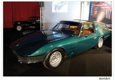 now this is a grocery getter!  Vignale Ferrari 330 GT Shooting Brake