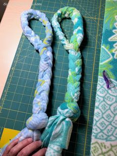 No-Sew Dog Toys Service Project - Sylvia's StitchesYou can find Service projects and more on our website.No-Sew Dog Toys Service Project - Sylvia's Stitches Sewing Toys, Sewing Crafts, Sewing Projects, Sewing Hacks, Sewing Tutorials, Diy Projects, No Sew Crafts, Service Projects For Kids, Community Service Projects