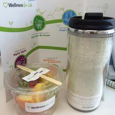 회사의 wellness행사날.. 이번달 주제는 eat green.. 건강한 먹거리를 주제로 아침 간식을 주었다.. 작은 이벤트가 많은 우리회사가 좋다.. 오늘 즐겁게 시작한다..