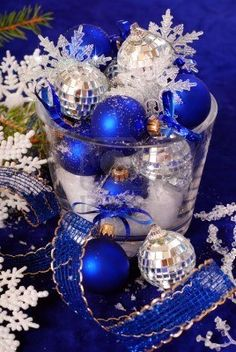 Love the White and Blue Christmas with just a hint of the silver. Believe need the white to add the extra drama and pop!