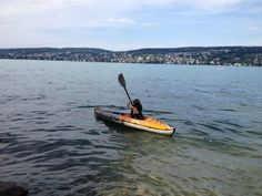 Kayaking in the Zürich Lake. Photo: Bruny Nieves